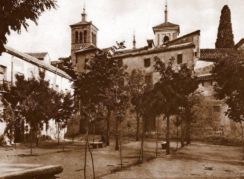 Plaza de Padilla a comienzos del siglo XX. Foto Aldus