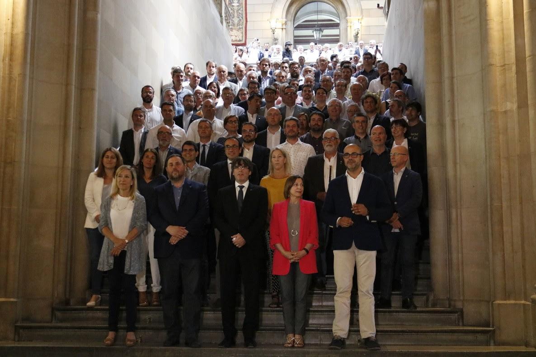 Hablar en nombre de Catalunya