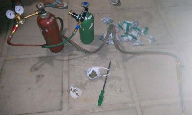 Material foi apreendido com suspeitos, diz polícia / Foto: Divulgação/PM.
