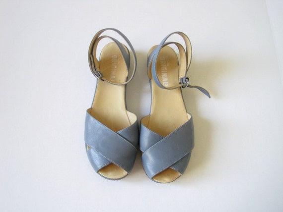 vintage soft blue sandals with ankle wrap // size 9