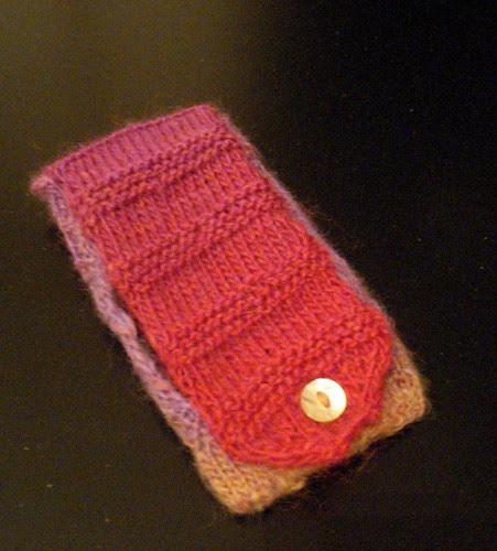 wool yarn knitting ipod case pattern tutorial apple