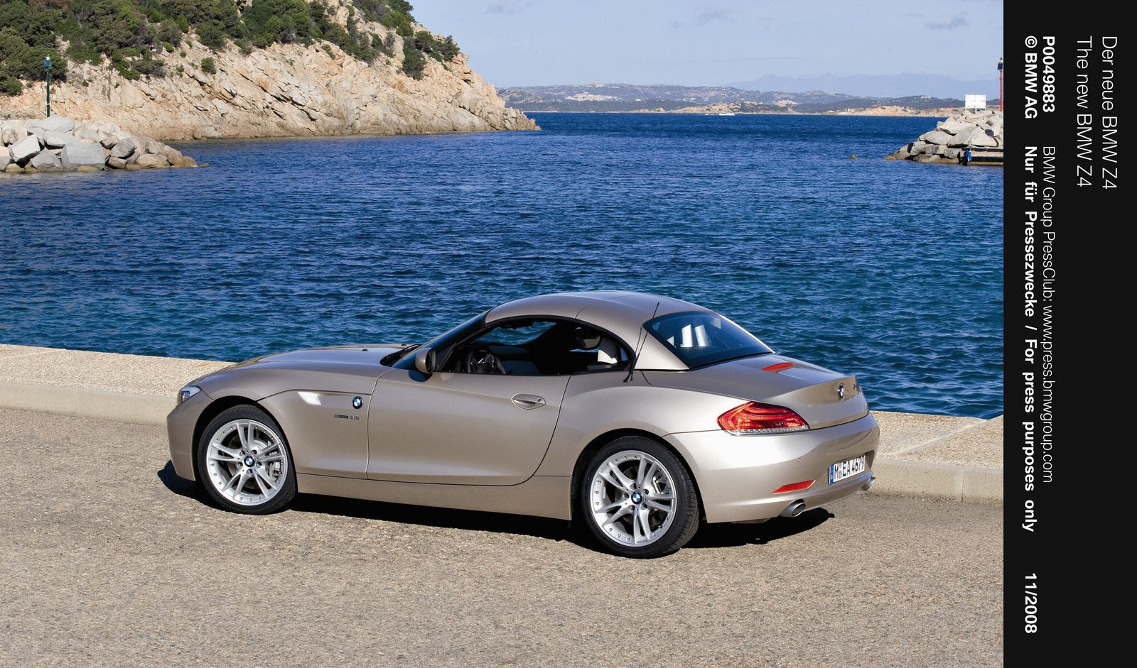Bmw Z4 M Sdrive 2010 Specificatin And Pictures Gallery