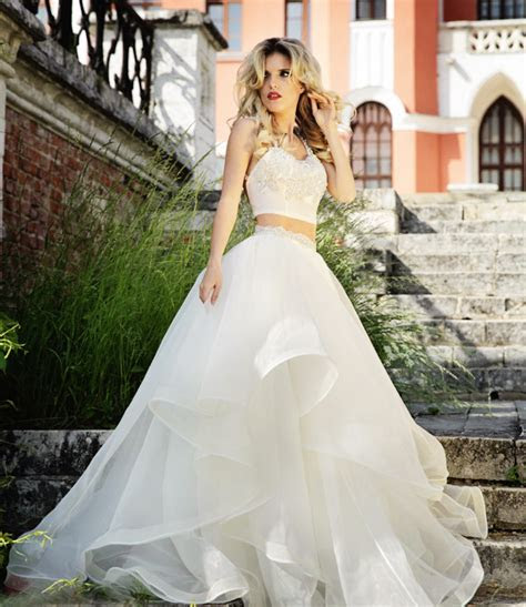 20 Unconventional Whimsical Wedding Dresses   Praise Wedding