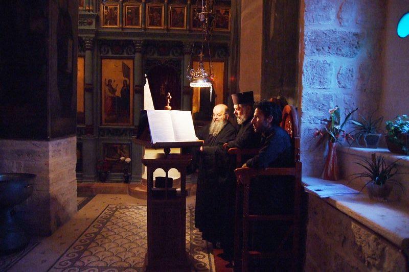 Греческая служба. Монастырь прп. Герасима Иорданского. Фото: Гурий Балаянц / Православие.Ru