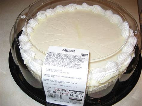 Costco Cheese cake 25X13=325. Serves 300 to 480 depending