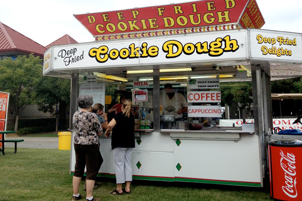 Deep Fried Cookie Dough stand