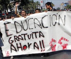 primera-marcha-estudiantil-chilena-20121