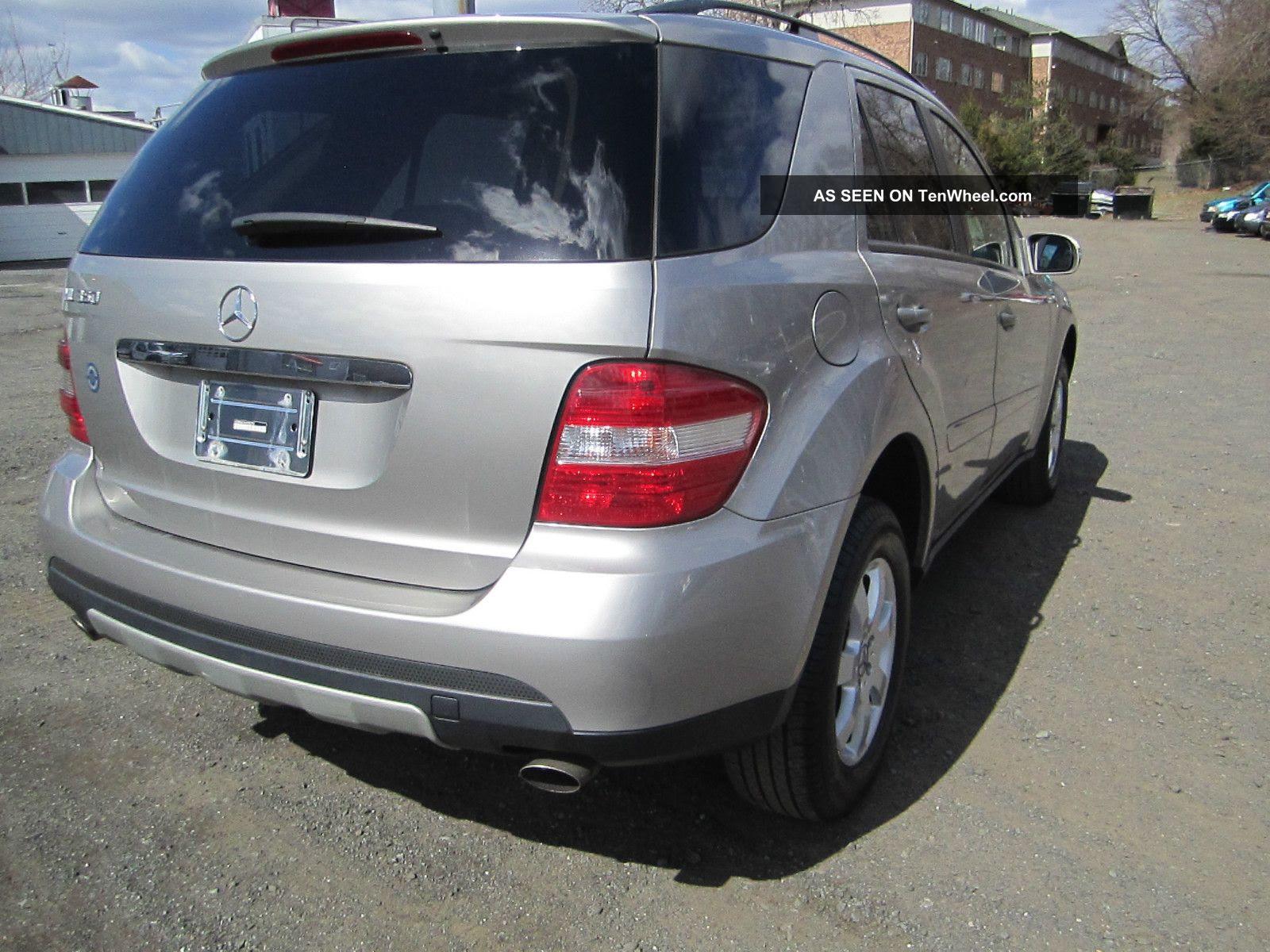 2006 Mercedes - Benz Ml350 Base Sport Utility 4 - Door 3. 5l