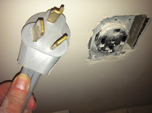 Dryer Plug woes
