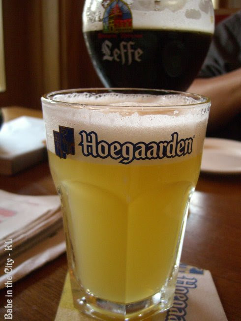 Hoegaarden White Draught (half pint RM14.00)