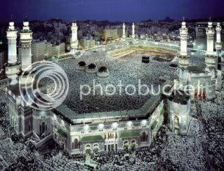 http://i307.photobucket.com/albums/nn294/radin87/Masjidil_Haram.jpg