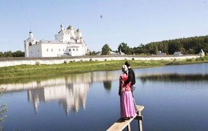 Κάθε ιερός ναός είναι και ένα κομμάτι του ουρανού επάνω στην γη...