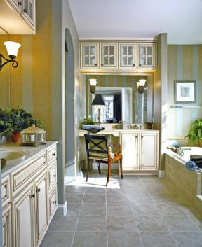 Staging your home to sell | Staging Bathrooms help sell your home