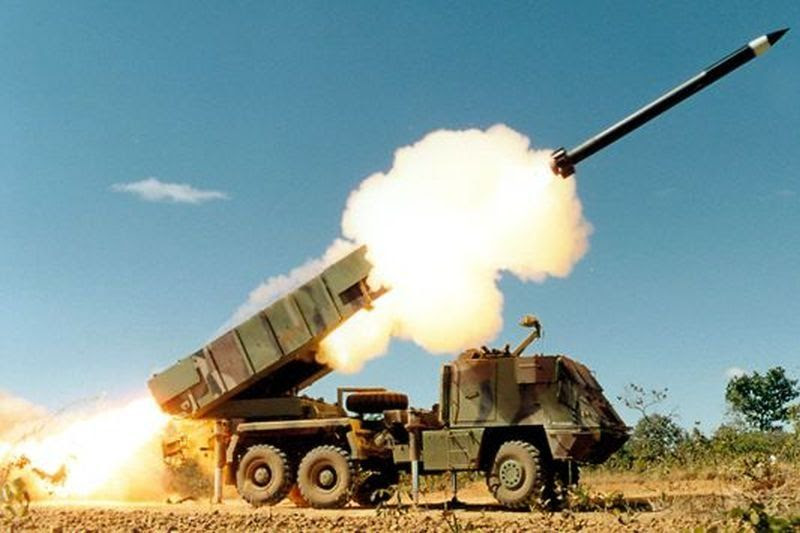 Peluncur Roket 6x6 MLRS Astros II Mk-6 Alutsista baru TNI-AD