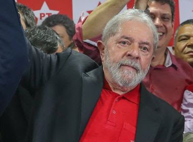 Executiva nacional do PT aprova nova resolução que insiste em Lula candidato
