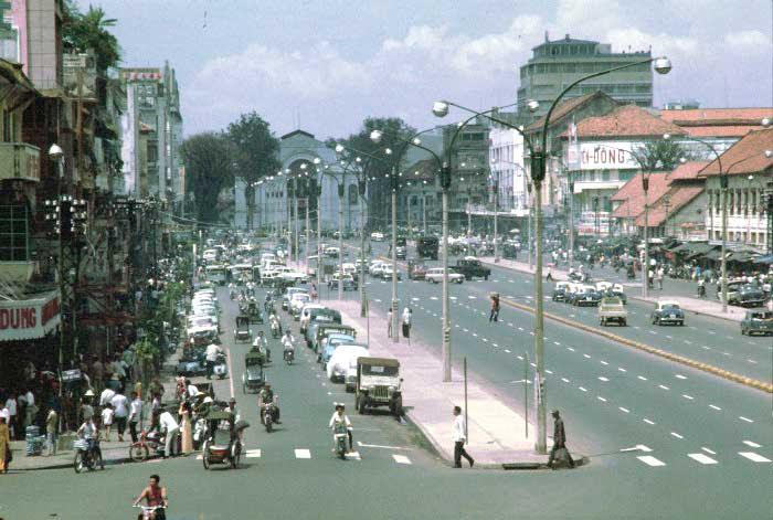 http://nguyentran.org/SG/Hinh/Saigon-1.jpg