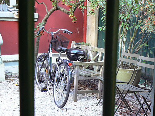 vélo hameau d'alleray.jpg