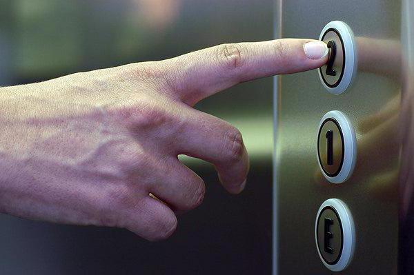 кто изобрел лифт элиша грейвс отис