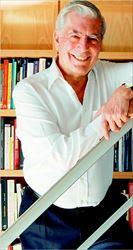 Ο 74χρονος περουβιανός  συγγραφέας Μάριο  Βάργκας Λιόσα στον οποίο  η Σουηδική Ακαδηµία  απένειµε χθες το Νοµπέλ  Λογοτεχνίας 2010