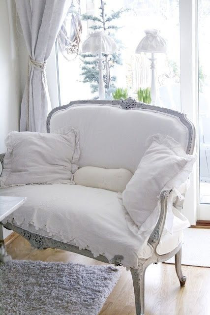 Such a lovely seat!