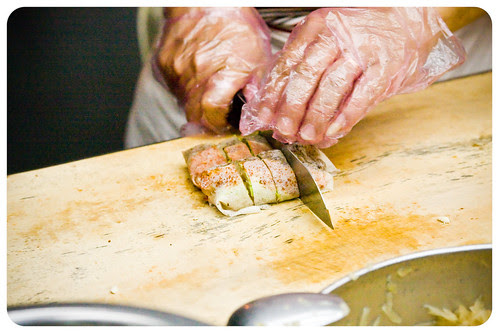 Making a Popiah [3] (by Christ tell)