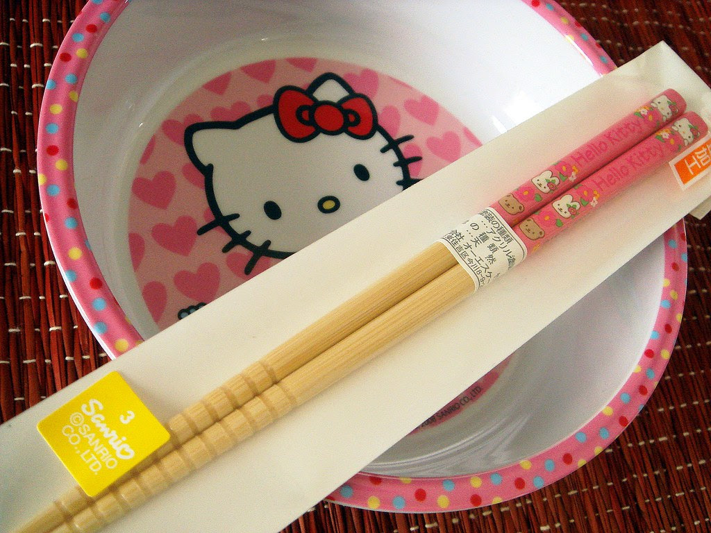 Hello Kitty bowl and matching chopsticks