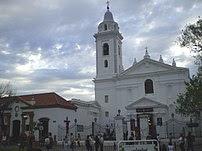 Iglesia de Nuestra Señora del Pilar en el barr...