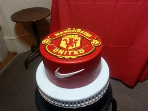 You have to see Manchester United Cake on Craftsy!