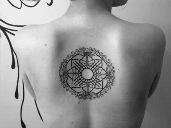 75 desenhos de tatuagem de libélula bonito e sexy 8 por Bryan
