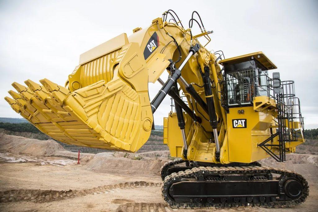Tarmac S New Big Cat Completes Its Line Up Of Uk S Largest Excavators At Mountsorrel Quarry