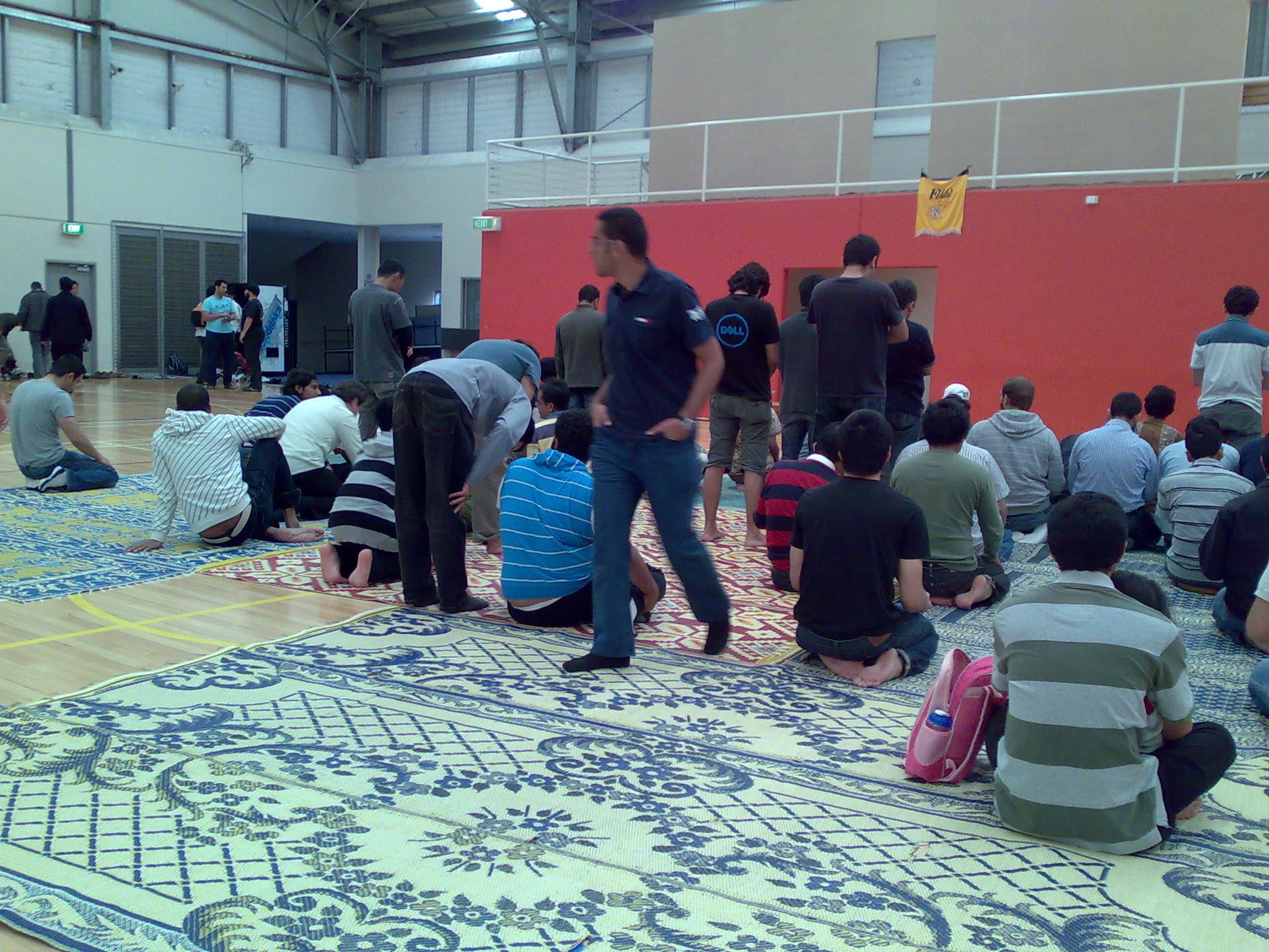 Bid'ah Muslim selesai Shalat