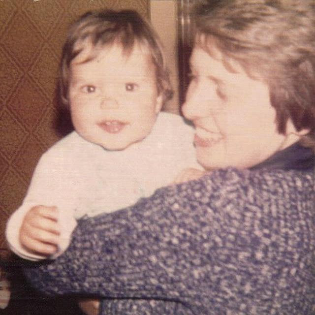 1977 Suzy 1977