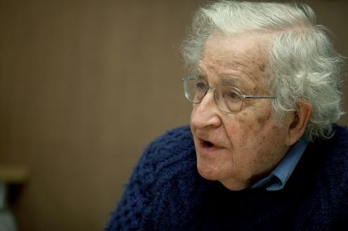 Chomsky: Invasão do Iraque é o pior crime do século