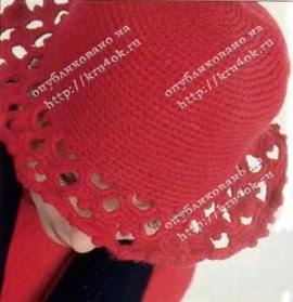 Красная шляпа, связанная крючком