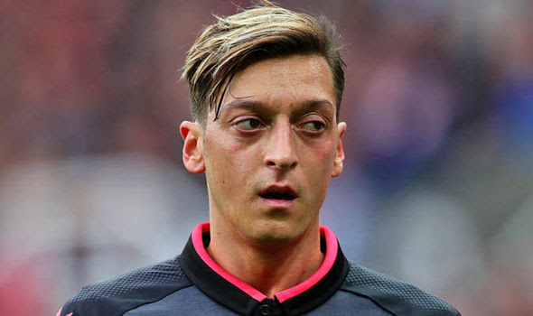 Arsenal news: Mesut Ozil is the most frustrating player to ...
