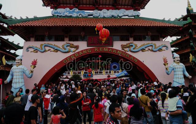 Imlek, Kampung China Ramai Pengunjung