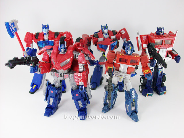 Transformers Cybertronian Optimus Prime Generations Deluxe vs Other Optimus - modo robot