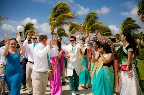 Colorful Beach Indian Wedding in Cancun   The Destination
