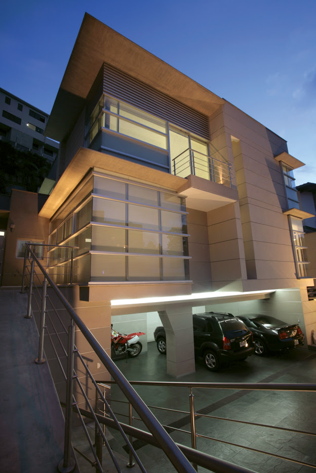 Casa 05 90 juan ignacio morasso tucker tecno haus - Arquitectos en avila ...