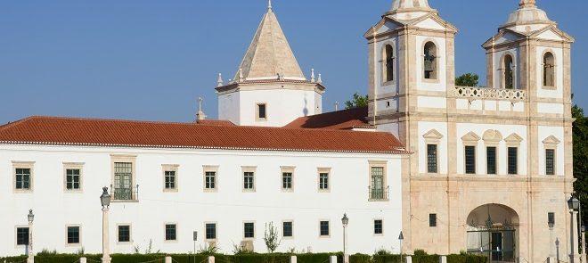 Em Évora e Vila Viçosa: Arquidiocese cede alojamento para Utentes de IPSS e para Profissionais de Saúde