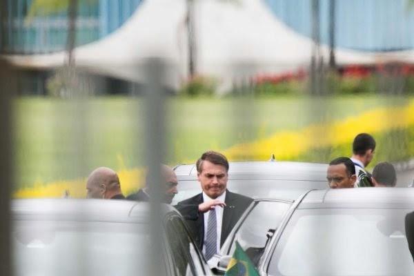 """CPI: """"Falei mais coisa"""", diz Bolsonaro sobre gravação feita por Kajuru"""