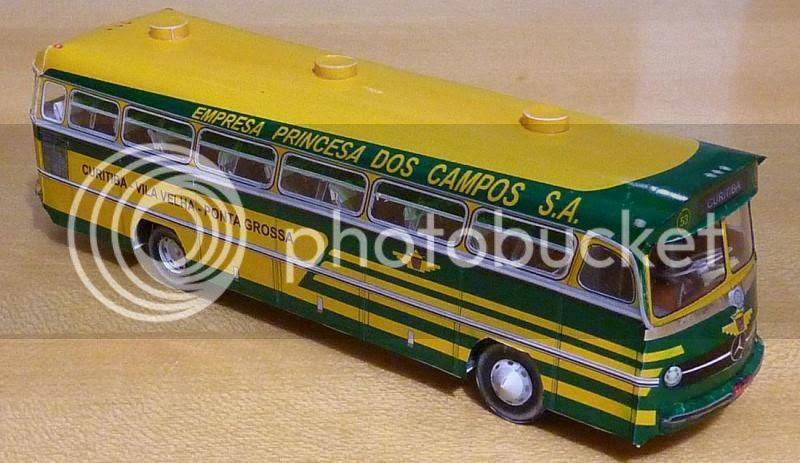 photo ronaldombrazilianbuspapercraft00101_zps07f7ad10.jpg