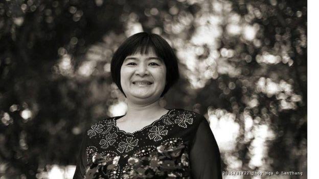 Nhà hoạt động Trần Thị Nga, người mẹ có hai con nhỏ, vừa bị bắt ở Hà Nam.