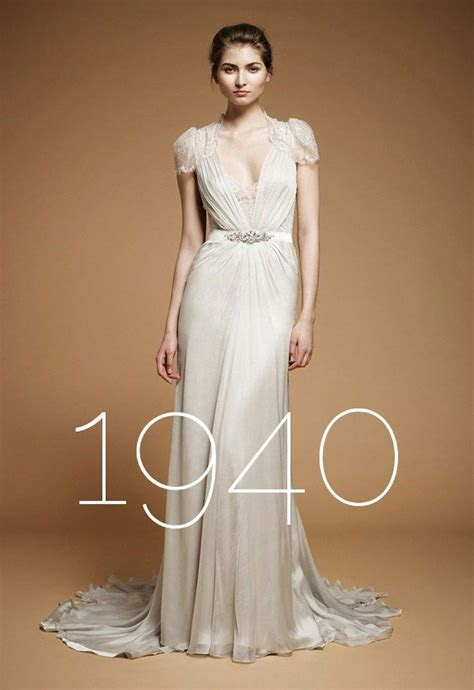 vintage wedding dress 1940s   Wedding Central   Wedding