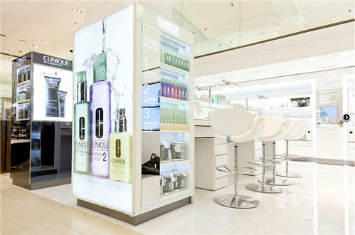 clinique_lord_and_taylor_fifth_avenue_counter_103010