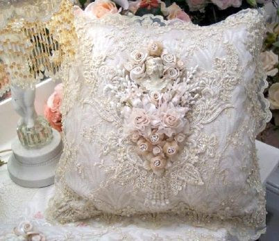 Stunning vintage lace and linen pollow