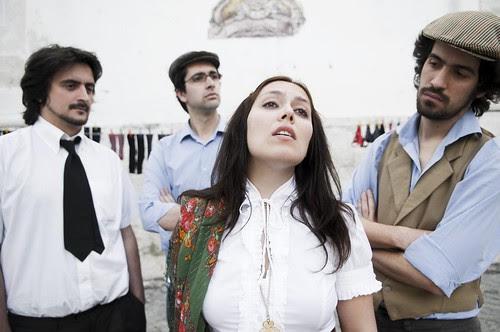 Deolinda - Grupo Musical Português