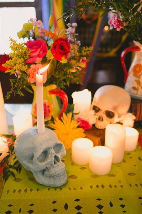 dia de los muertos wedding ideas 60