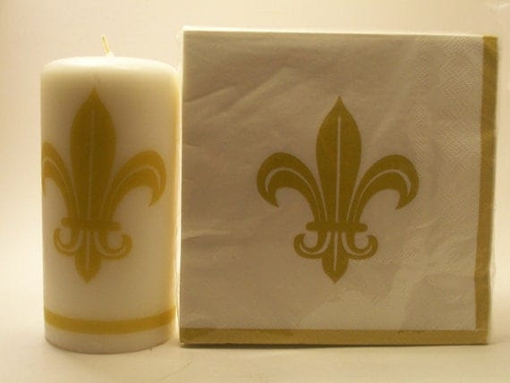 Hand decorated Fleur De Lis Candle w/Matching Napkins