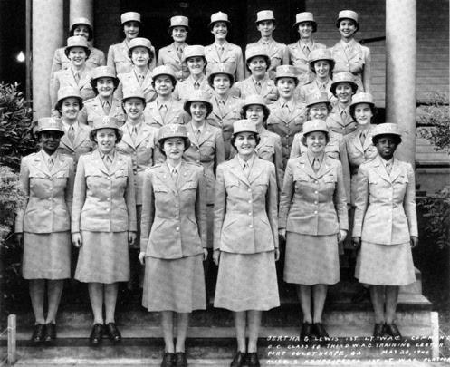 http://intercepts.defensenews.com/wp-content/uploads/2013/05/WomenArmyCorps4.jpg